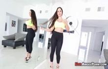 Bubble butt stunner fucking in POV porn