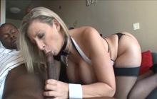 Sara Jay seduces black guy to get his big dick