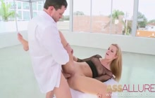 Jessie Rogers takes cock deep