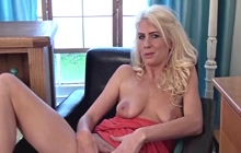 Hot blonde masturbating Ashleigh McKenzie