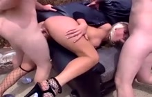 Naughty police girl Nicki Hunter in outdoor threeway
