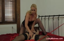 Mistress Cindy Makes Girl Lick Her Cunt