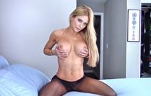 Haley Ryder looks so fucking hot in those nylons